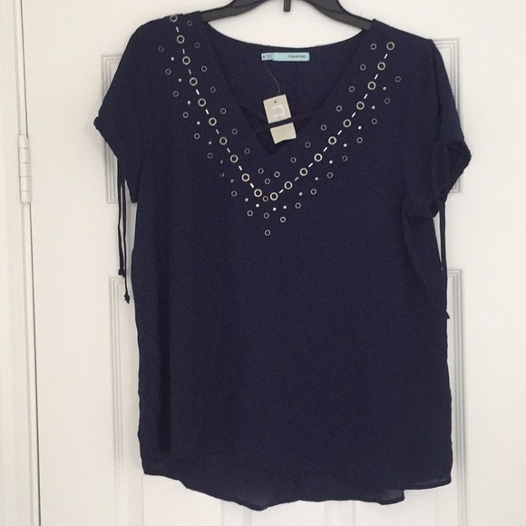 Maurices Tops - NWT Maurices top size medium
